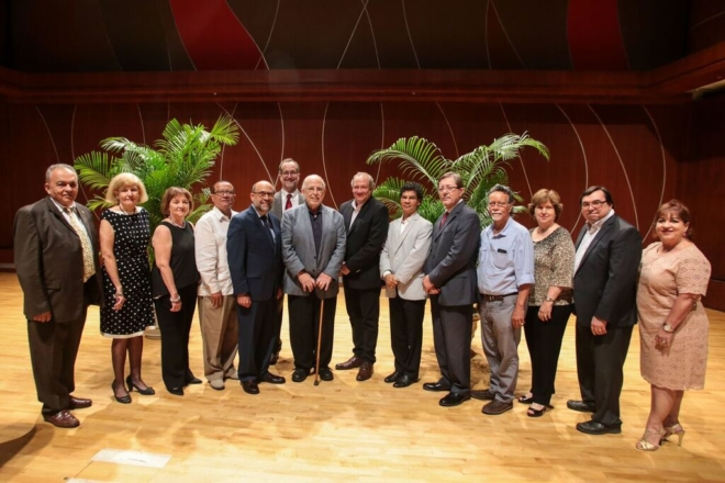 Junta de Directores FPH y homenajeado Arcadio Díaz Quiñones